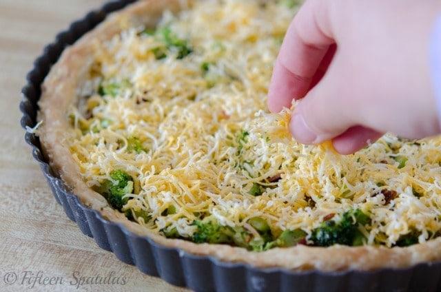 Cheesy Broccoli Bacon Quiche