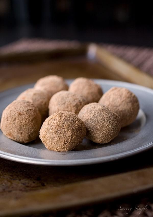 Chocolate Malt Truffles ~ @SavorySimple #recipe
