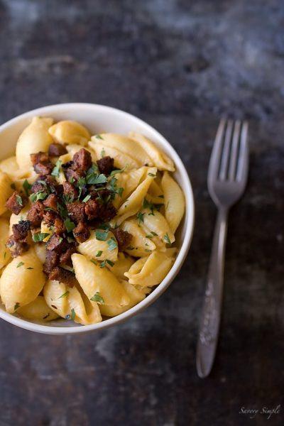 vegan-chorizo-mac-and-cheese