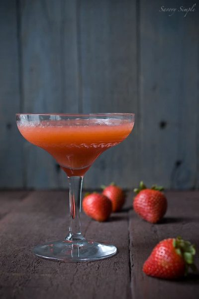 strawberry-basil-mint-summer-cocktail