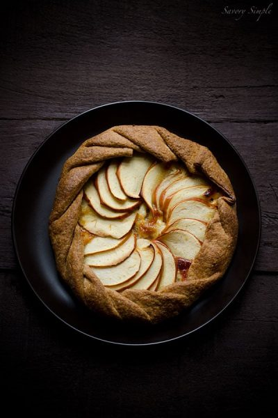 Apple-Cheddar-Galette