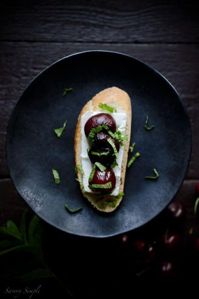 Roasted-Cherry-Crostini