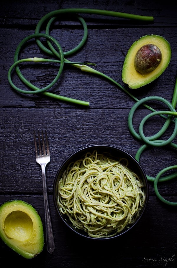 This garlic scape pesto avocado pasta is a healthy, vegetarian dinner the the entire family will love.