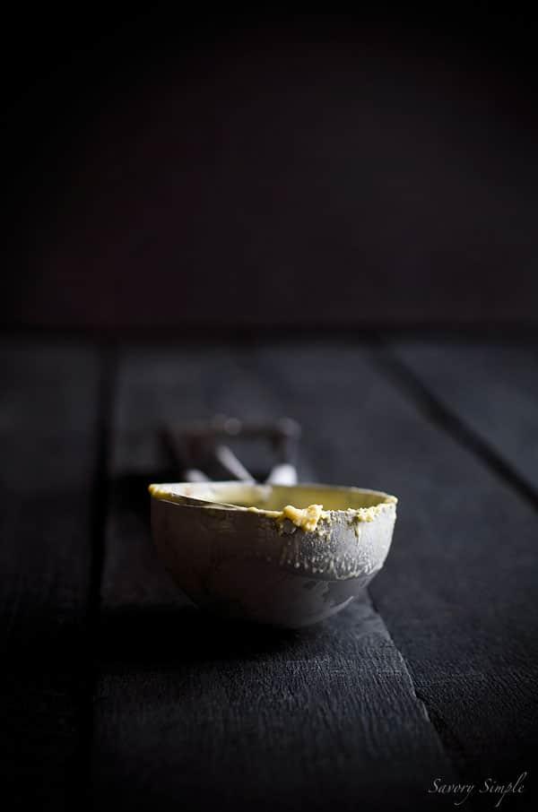A photo of the ice cream scoop used to serve the Bailey's Irish cream ice cream.