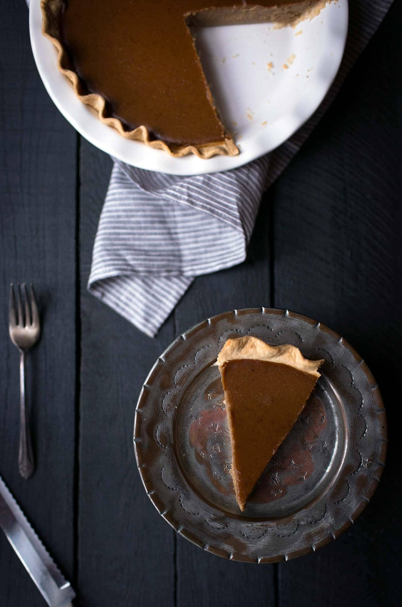 This Brandied Acorn Squash Pie is perfect for Thanksgiving!