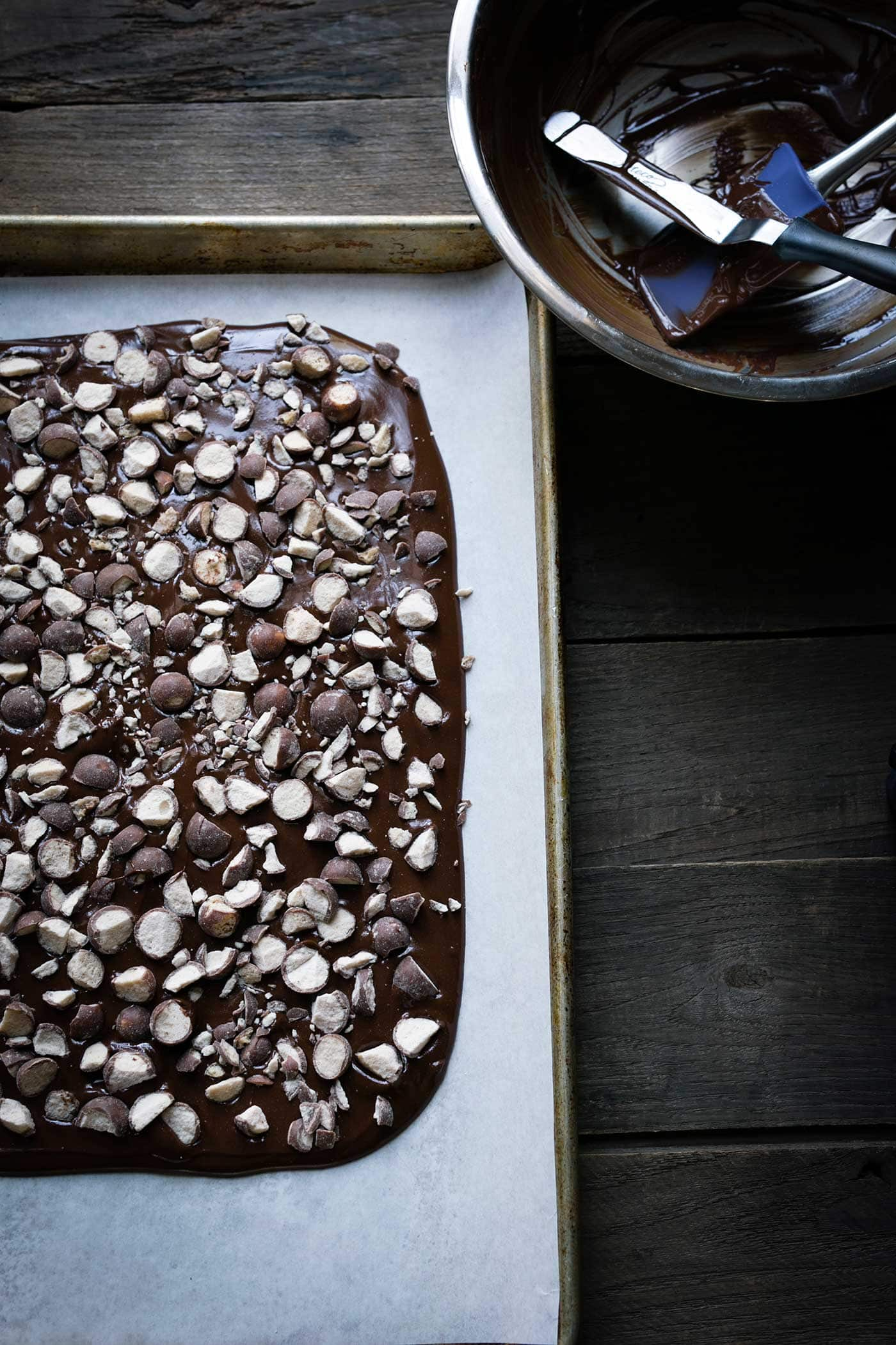 Chocolate Malt Bark is such an easy holiday dessert recipe with only 4 ingredients! It's ready in no time. Get the easy-to-follow recipe from SavorySimple.net!