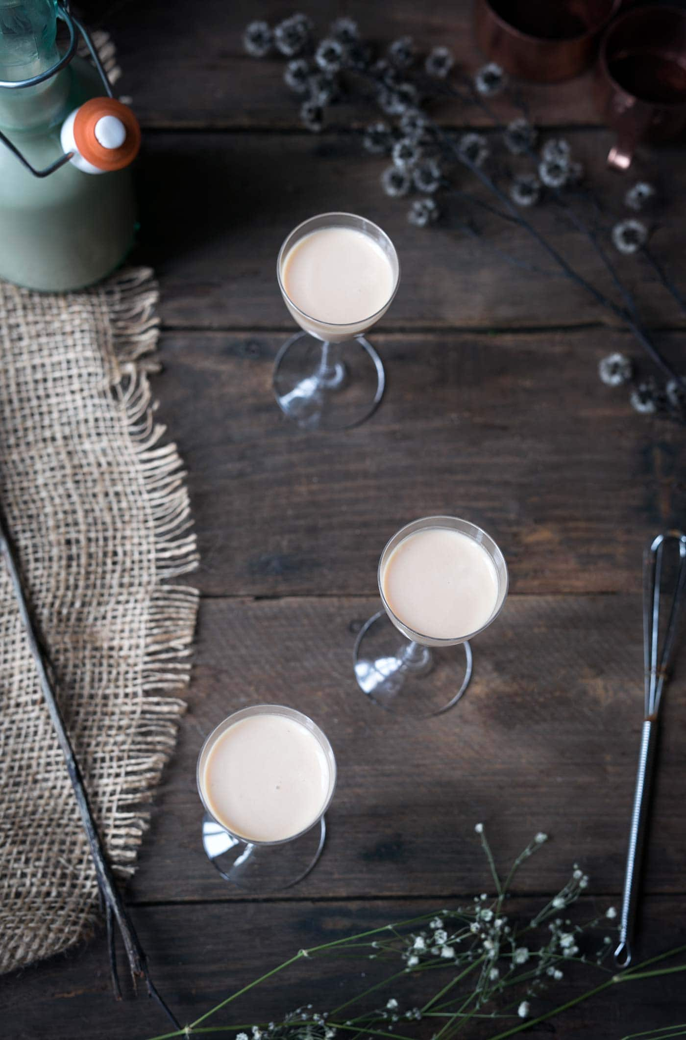Love Bailey's Irish Cream? You need to try making it from scratch! Homemade Irish Cream is so easy and it tastes AMAZING. Get this Homemade Irish Cream Liqueur recipe from SavorySimple.net.