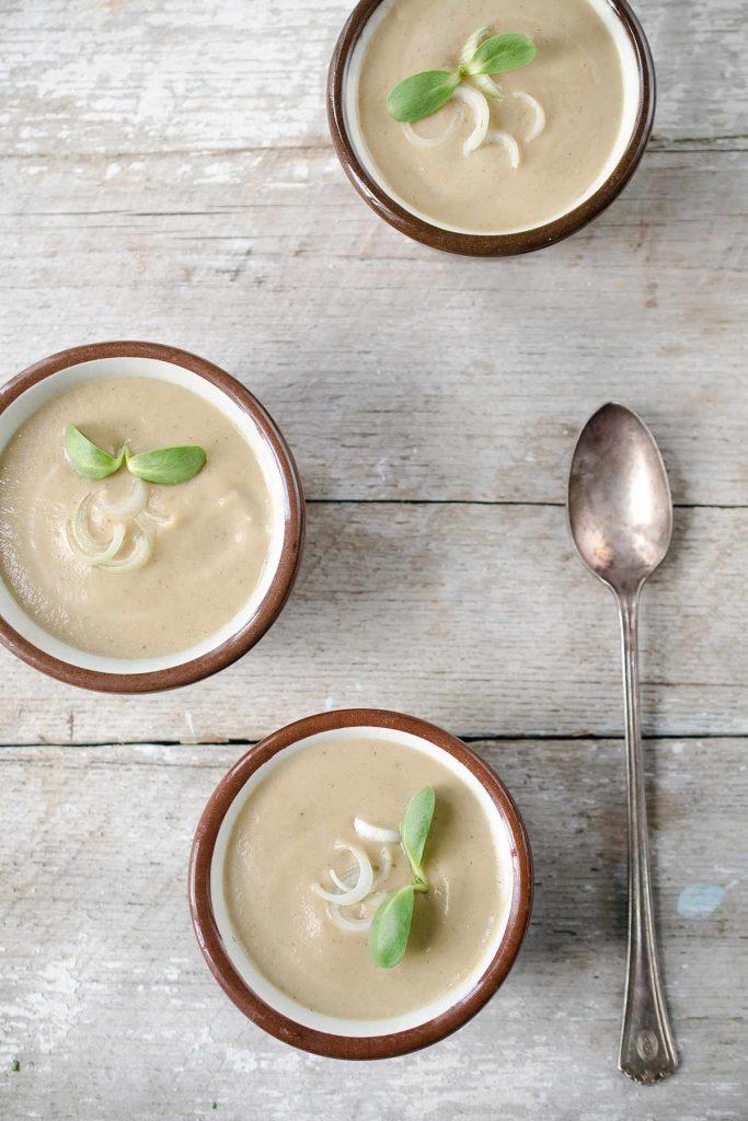 A photo of cream of mushroom soup