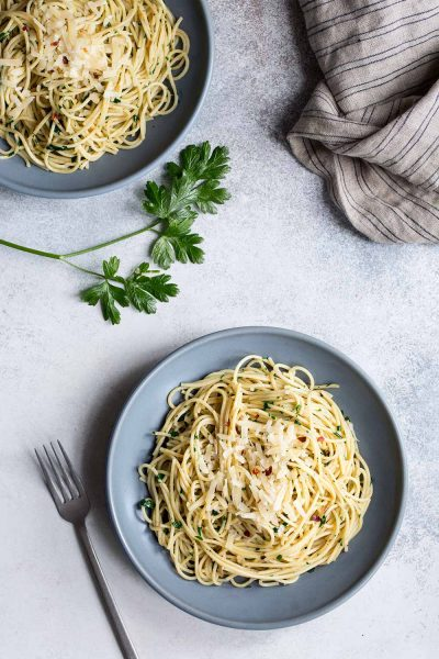 Anchovy Pasta with Garlic and Parsley