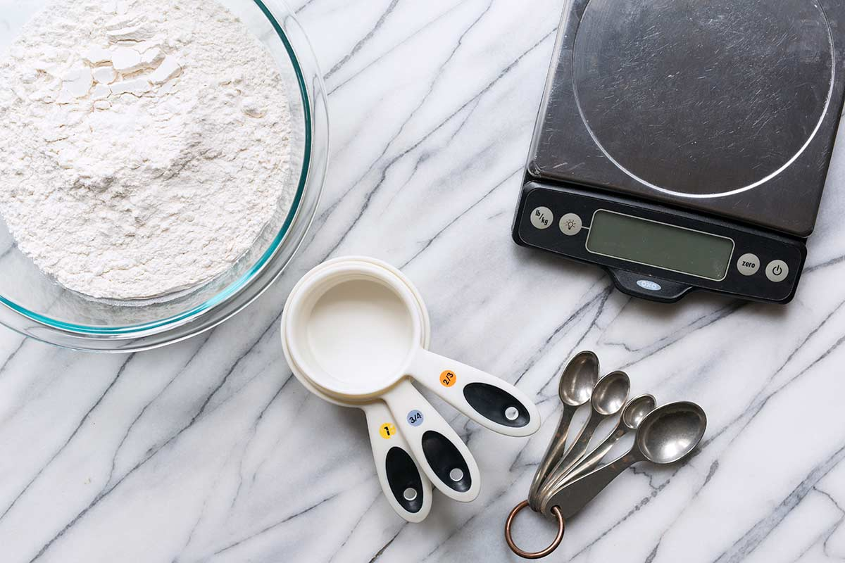 How to Measure Flour Correctly by Weight and Volume - Savory Simple