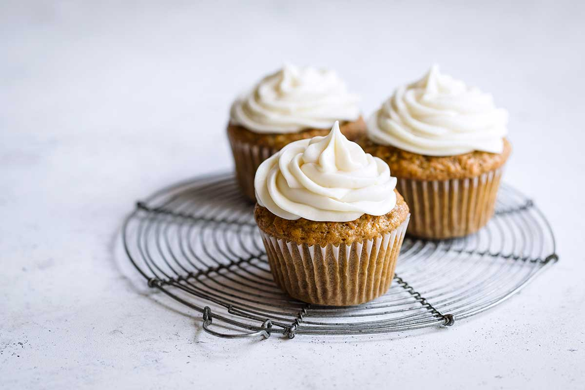 landscape photo of carrot cupcakes