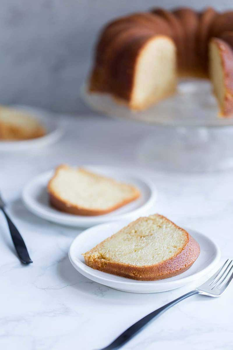 A photo of rum cake and slices of rum cake.