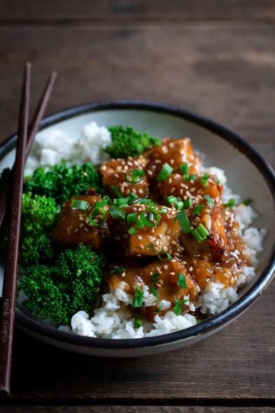 This General Tso's Tofu recipe is a fantastic vegetarian dinner. It's a perfect balance of sweet, salty, and spicy.